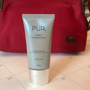 Correcting primer by PUR